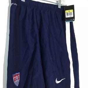 New Nike Dri-Fit Men's USA SOCCER Training Shorts,